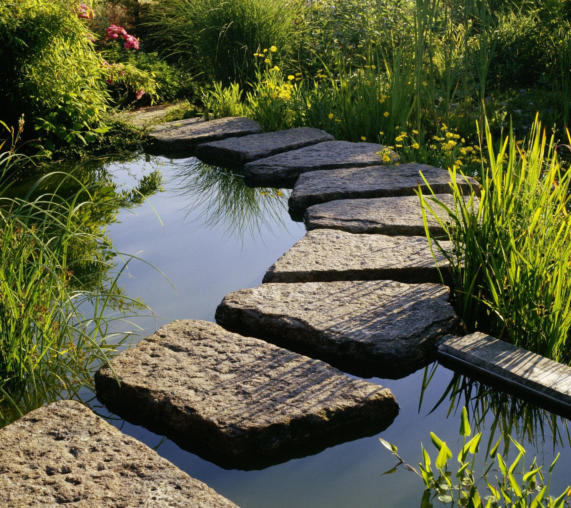 Wege-im-Garten